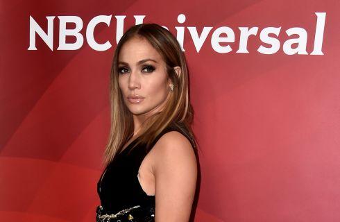 Jennifer Lopez cambia look: il nuovo taglio di capelli (foto)