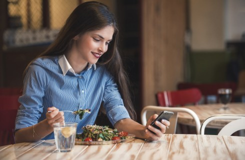 Cellulite: cosa fare, bere e mangiare