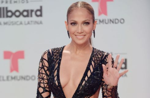 Jennifer Lopez sexy e senza lingerie ai Billboard Latin Music Awards (foto)