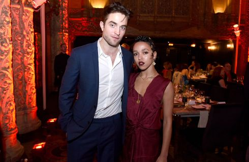 Robert Pattinson: innamorato di FKA Twigs perché simile a Kristen Stewart?