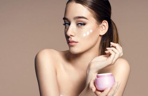 Crema viso prime rughe: quali scegliere per pelle mista e pelle grassa