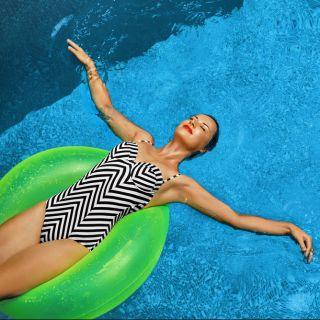 Costumi da bagno interi: quali scegliere per l'estate 2017