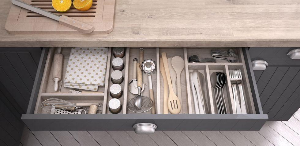 Come organizzare i cassetti della cucina diredonna - Come organizzare la cucina ...