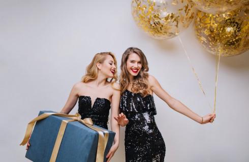 Come organizzare la festa di 18 anni: idee originali, addobbi e scherzi