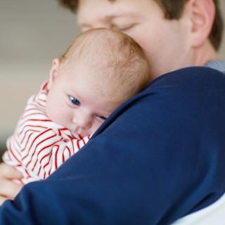 Come far smettere di piangere un bebè in 2 secondi