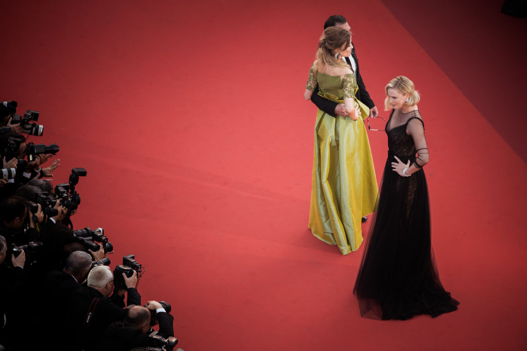 Cannes 2017: Charlize Theron divina in Dior