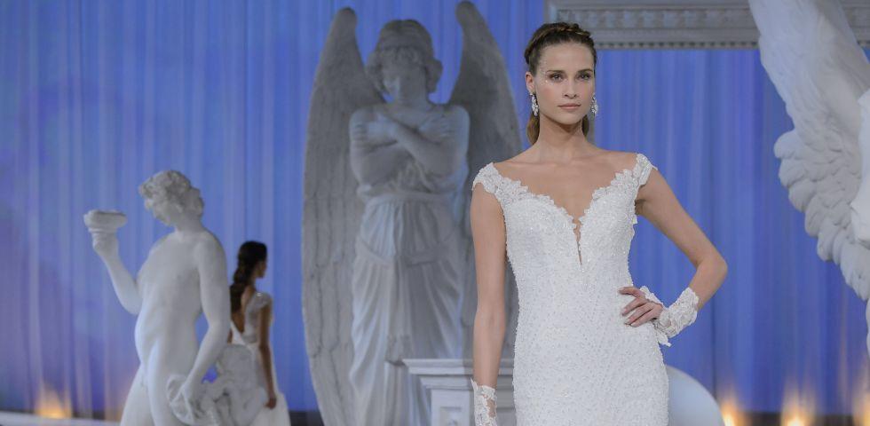 44cb4bc875d3 Alessandra Rinaudo 2018  collezione sposa