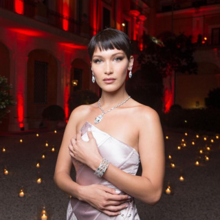 Bella Hadid a Roma per Goldea, The Roman Night di Bulgari