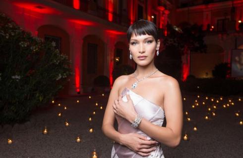 Bella Hadid a Roma per Goldea, The Roman Night di Bulgari