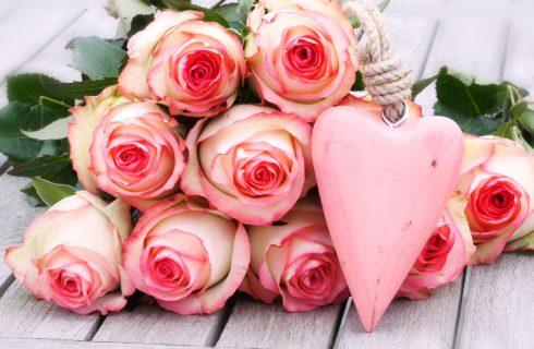 Anniversario di matrimonio: le frasi più belle per lui e per lei