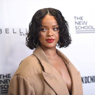 Rihanna è incinta? Le foto che fanno discutere
