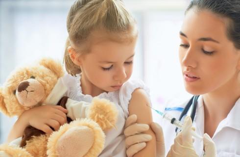 Vaccini obbligatori scuola: quali sono, quando si fanno e come farli