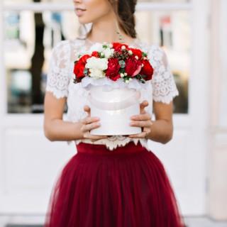 Come vestirsi a un matrimonio estivo di sera e di giorno