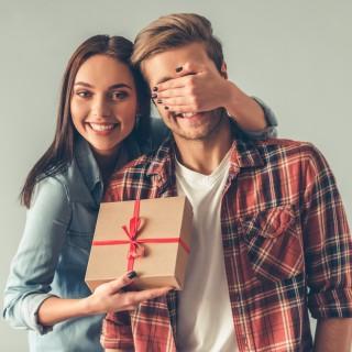 Anniversario di matrimonio: idee regalo per lei e per lui