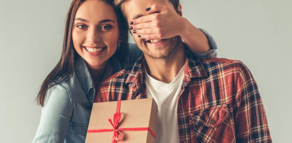 Regali Anniversario Di Matrimonio Per Lei.Regali Per Anniversario Di Matrimonio Idee Per Lei E Per Lui