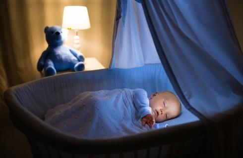 Poppata notturna: come eliminarla