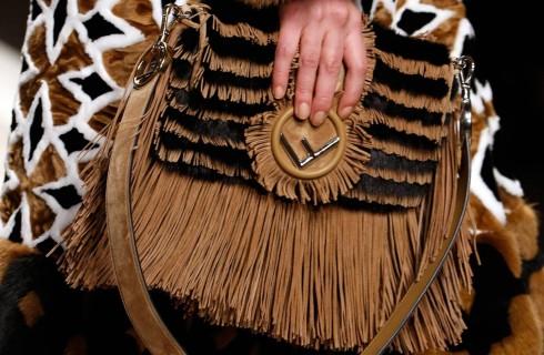 Baguette Fendi: storia, vintage e prezzi