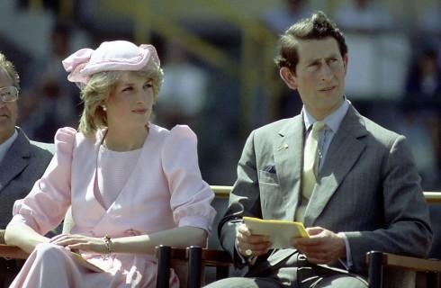 Lady Diana depressione, bulimia e tentato suicidio dopo il matrimonio con il Principe Carlo: la trascrizione delle sue cassette
