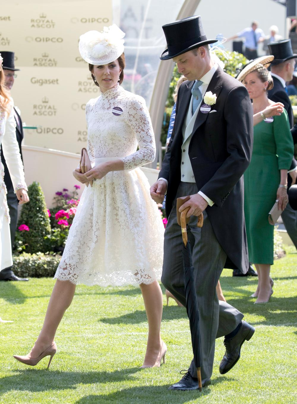 Kate Middleton al Royal Ascot con un look ispirato a Lady D