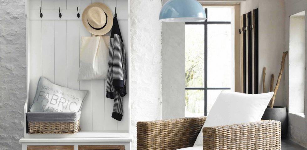 come arredare un ingresso diredonna. Black Bedroom Furniture Sets. Home Design Ideas