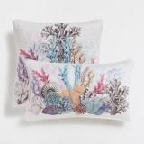 Zara Home Federa cuscino con coralli 22,99 euro