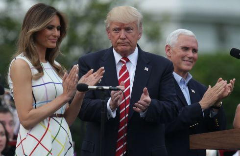 Melania e Donald Trump: picnic in famiglia alla Casa Bianca