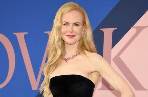 Nicole Kidman ai CFDA Awards con un abito Oscar de la Renta da 11mila euro