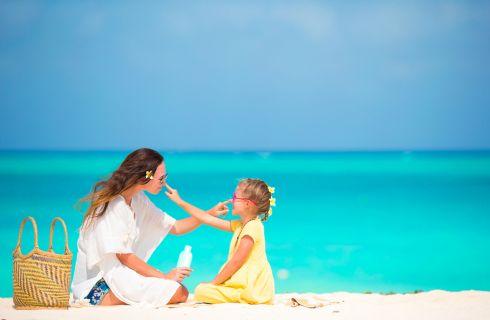 Come curare l'eritema solare nei bambini