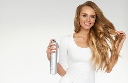 Lacca per capelli: qual è la migliore e come sceglierla