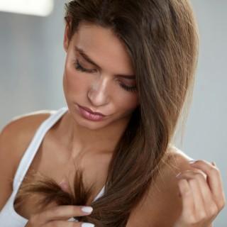 Idee beauty per fermare la caduta dei capelli in estate