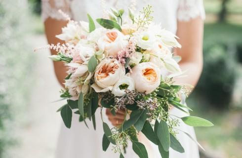Tendenze fiori matrimonio 2017: come scegliere il bouquet