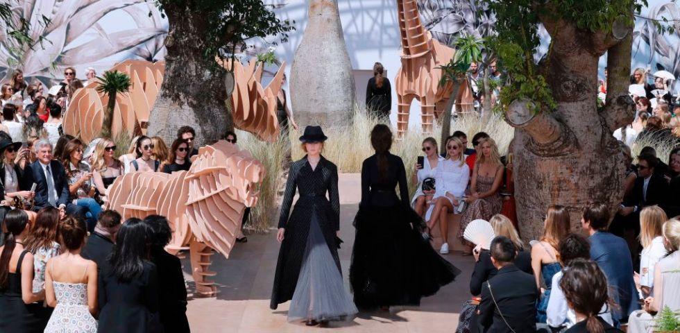 c570f842fb16 Dior Haute Couture autunno inverno 2017-2018 - DireDonna