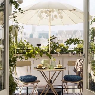 Come arredare il balcone piccolo: 10 soluzioni Ikea