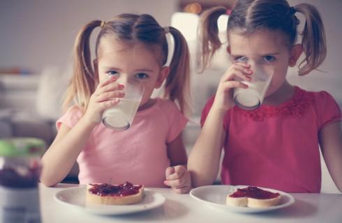 Colazione del bambino: 7 idee sane