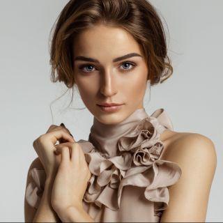 Abbigliamento: i colori che fanno risaltare l'abbronzatura