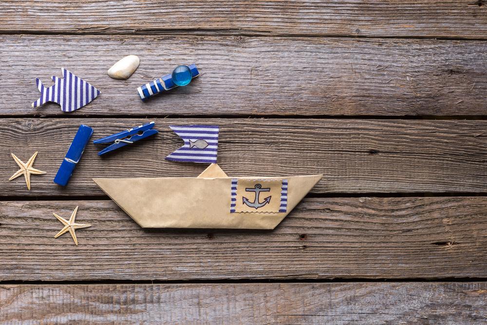 5 lavoretti estivi per bambini con la carta diredonna for Lavoretti per decorare la stanza