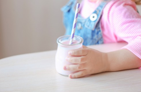 Yogurt per bambini: quale e come usarlo per lo svezzamento