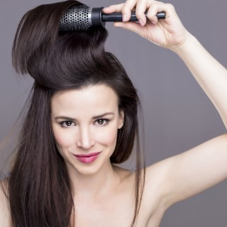 I consigli per pettinare i capelli nel modo corretto