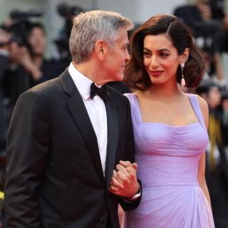 Amal Clooney: come ricreare il falso bob mostrato a Venezia