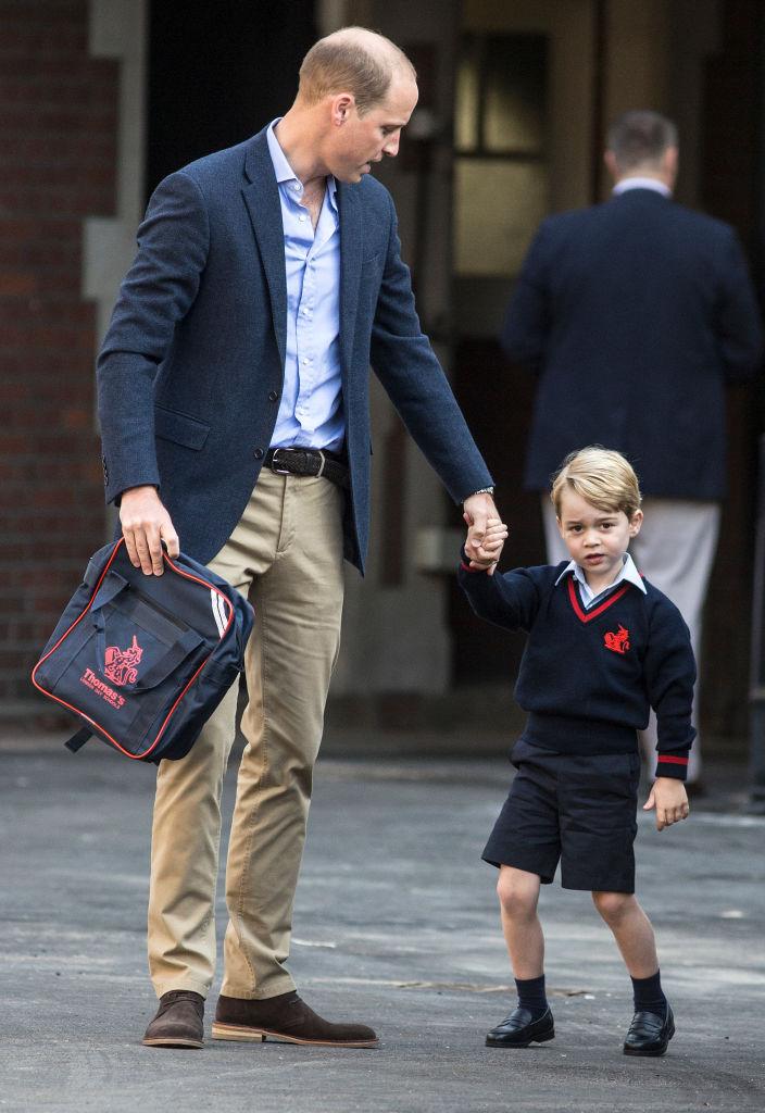 Principe George, le foto del primo giorno di scuola