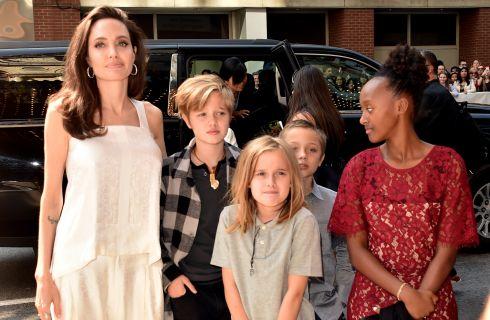 Angelina Jolie, red carpet con i figli al Toronto Film Festival (foto)