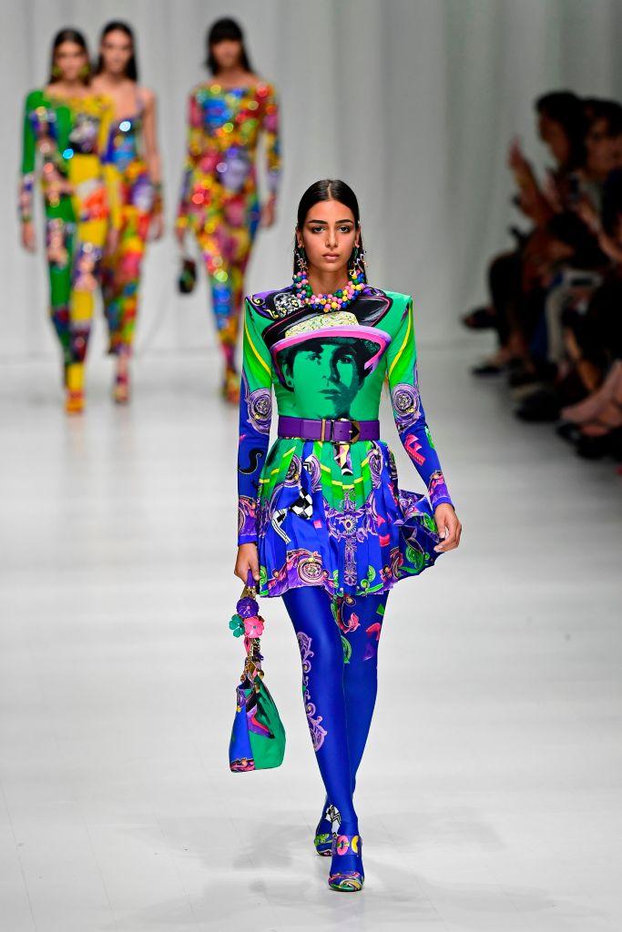 Versace Primavera Estate 2018, foto