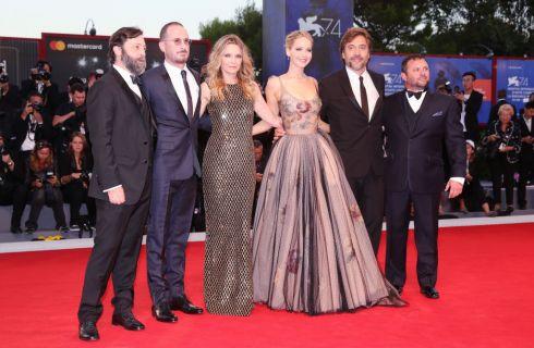 Jennifer Lawrence e Darren Aronofsky: primo red carpet insieme a Venezia