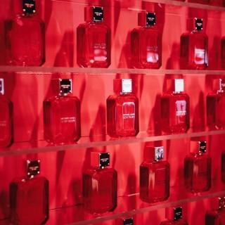 Arriva Sexy Ruby, il nuovo profumo di Michael Kors