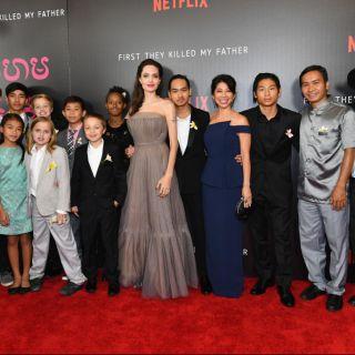 Angelina Jolie, red carpet in famiglia