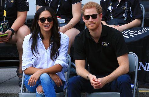 Il Principe Harry e Meghan Markle hanno incontrato la Regina Elisabetta a Buckingham Palace