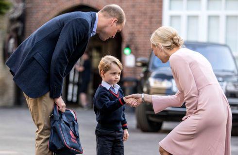 Principe George: primo giorno di scuola senza Kate Middleton (foto e video)