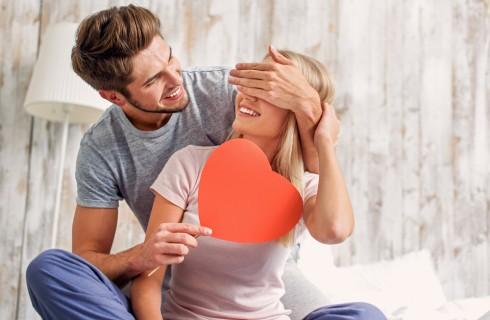Coppia: 10 trucchi per ritrovare la passione