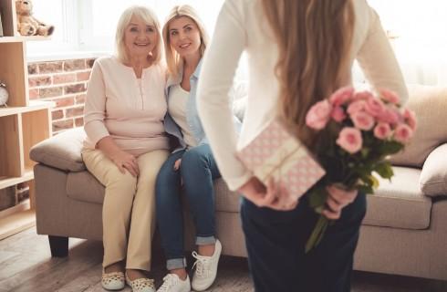 Festa dei nonni: poesie e filastrocche