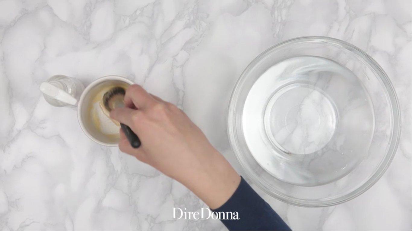 Come pulire gli accessori per il trucco4